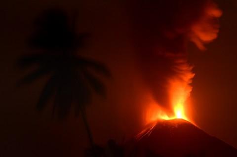 BPBD Belum Dapat Laporan Korban Lava Pijar Soputan