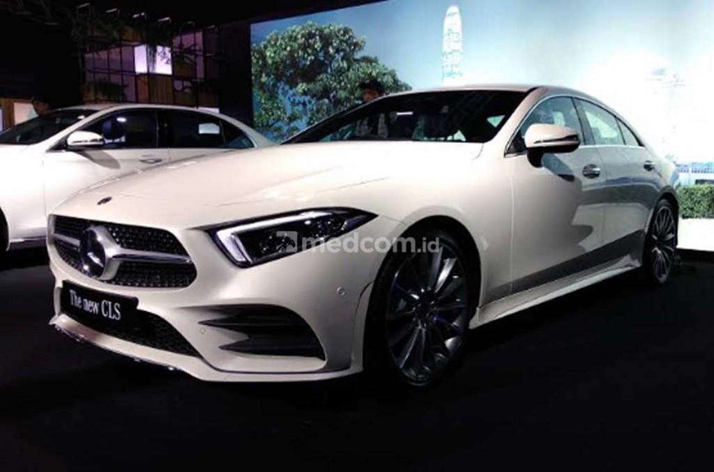 Mercedes-Benz New CLS 350 AMG Line ramaikan segmen sedan premium di Indonesia. Medcom.id/M. Bagus Rachmanto