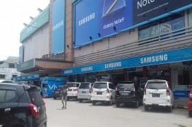 Harga <i>Smartphone</i> di Batam Ikut Naik