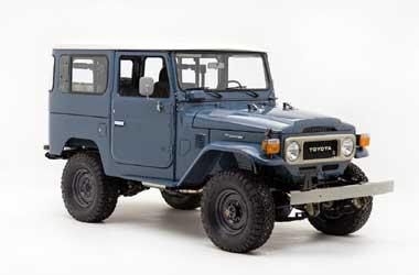 The FJ Company lestarikan model hardtop klasik. Carscoops