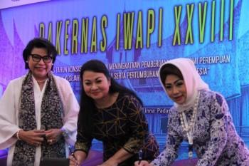 Dorong Kemajuan Pengusaha Wanita, PGN dan IWAPI Teken MoU