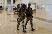 Polisi di Bandara India Diminta Kurangi Tersenyum