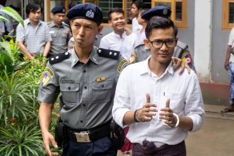 Kritik Pemerintah, Tiga Jurnalis Myanmar Ditahan