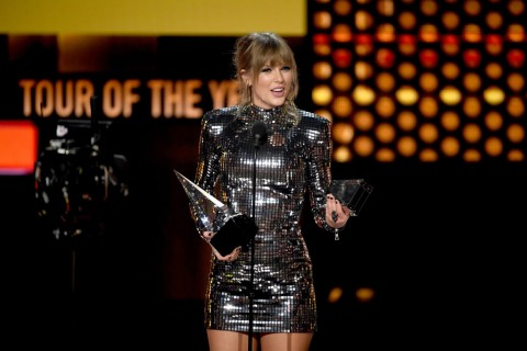 Borong Piala American Music Awards, Taylor Swift Pecahkan Rekor Whitney Houston