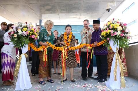 Menko PMK Puan Maharani (tengah) Resmikan Kampus AIS Bali.