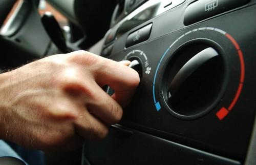Kondisi AC tak fit saat musim panas bikin tak nyaman berkendara.