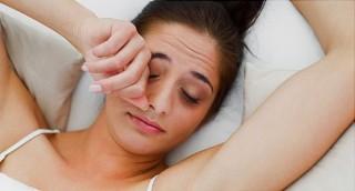 4 Alasan Wanita Harus Tidur Cukup