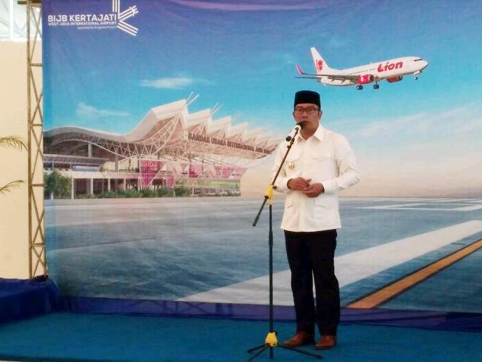 Gubernur Jawa Barat secara resmi melepas penerbangan perdana internasional di Bandara Internasional Jawa Barat (BIJB) Kertajati, Majalengka, Jawa Barat. Medcom.id/Ahmad Rofahan