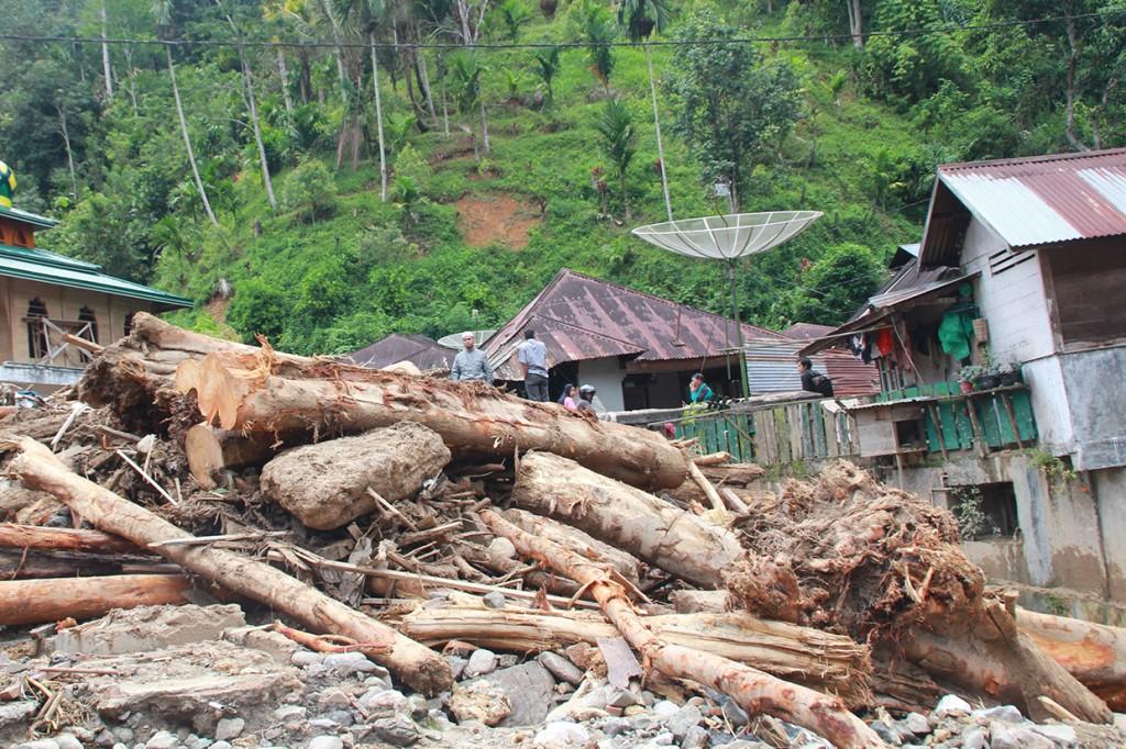Kondisi Kerusakan Pascabanjir Bandang di Mandailing Natal