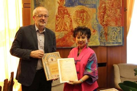 Genap 10 Penghargaan Diterima Dubes RI di Hongaria