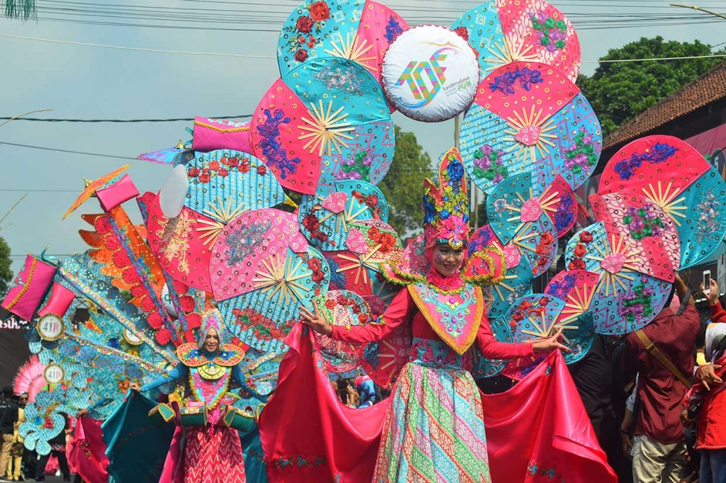 Serunya Karnaval Budaya Tasik October Festival 2018