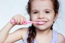 Kapan Anak-anak Harus Mulai Menyikat Gigi?