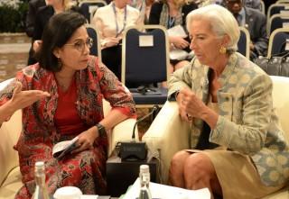 Menkeu: Lagarde Pakai Baju Karya Desainer Indonesia