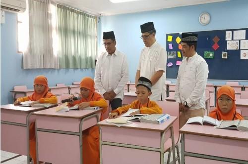 Anak-anak yang menjadi peserta lomba baca Alquran dengan metode