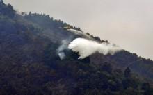 Heli Water Bomber Membombardir Merbabu