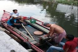 Warga Mandiri Bersihkan Sungai untuk Antisipasi Banjir