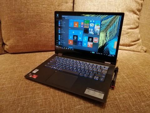Mencoba Laptop 2-in-1 Ryzen Lenovo Yoga 530