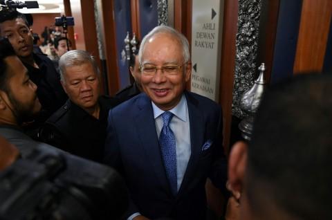 Penyelidikan Tanpa Akhir Dihadapi Mantan PM Malaysia