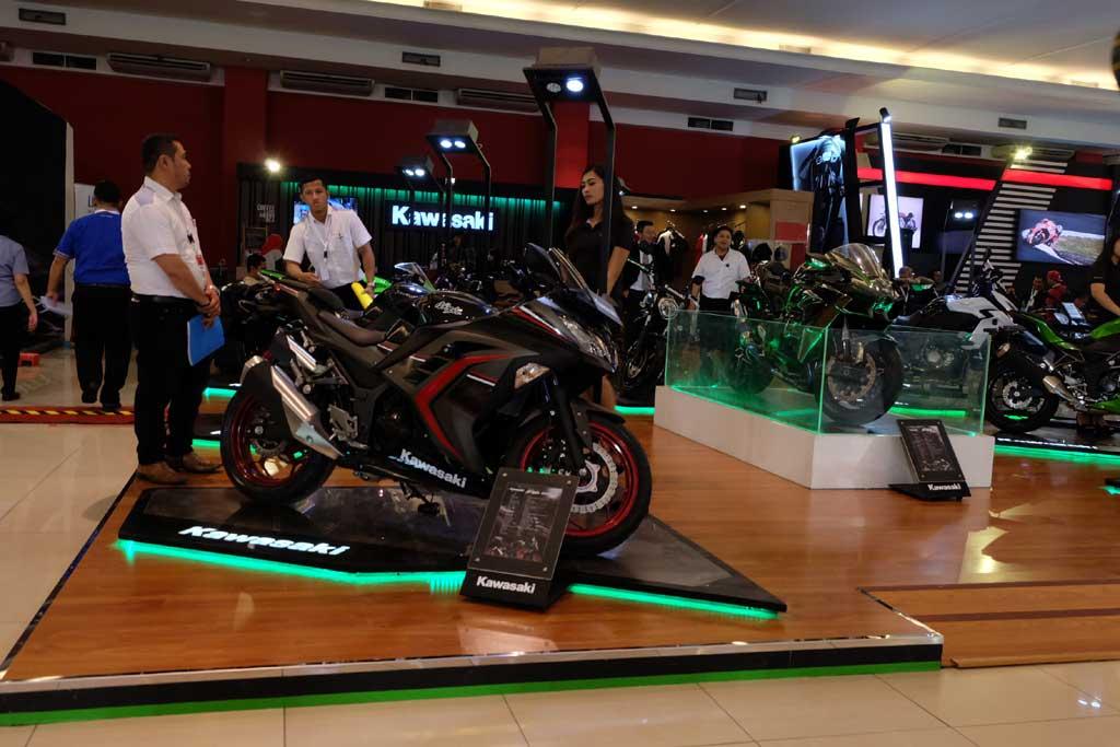 Pasar sepeda motor diprediksi tembus 6,2 juta unit di 2018. Medcom.id/Ekawan Raharja