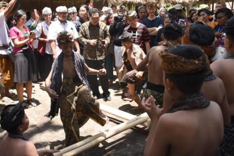 Delegasi IMF Kembali Kunjungi Ikon Kota Denpasar