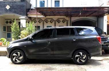 Toyota Calya aplikasi pelek Honda Mobilio RS. FB