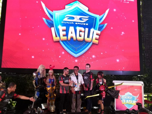 Pengumuman dibukanya Dunia Games League.