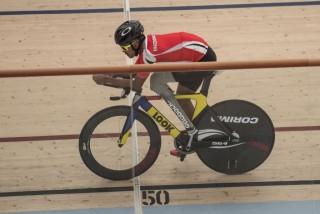 Pebalap Motor Profesional Kini Berprestasi di <i>Para-cycling</i>