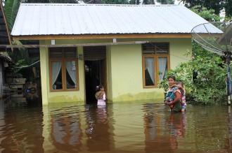 Banjir Terjang 10 Kecamatan di Aceh Barat