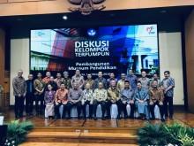 Empat Mantan Menteri Pendidikan Reuni di Senayan