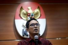 KPK Confiscates Rp100 Million from Bekasi Regent's Home