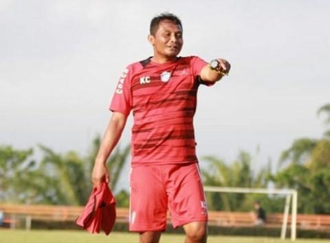 Asisten Pelatih Arema FC, Kuncoro. (Dok. Arema FC)