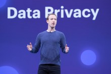 Banyak Skandal, Investor Facebook Ingin Gulingkan Zuckerberg