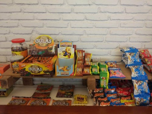 Produk-produk milik TPS Food. (FOTO: Medcom.id/Annisa Ayu)