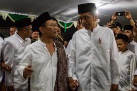 Jokowi Kunjungi Ponpes Girikusumo Demak
