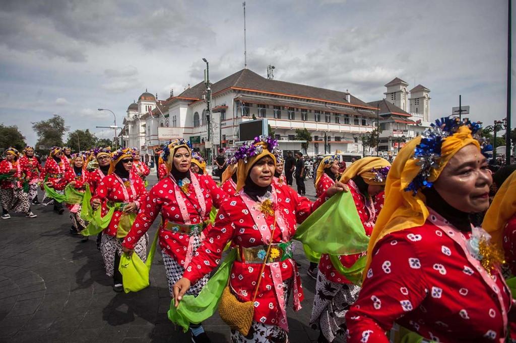 Ribuan Pedagang Ikuti Grebeg Pasar Tradisional Yogyakarta
