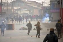 Bentrokan Kashmir, Tiga Pemberontak dan Warga Tewas