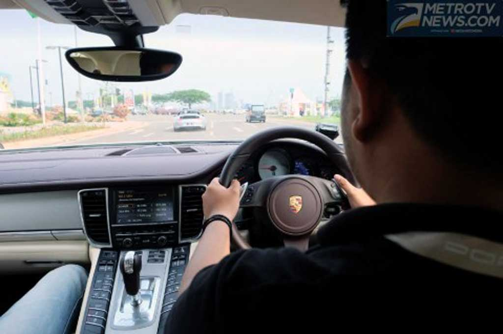 Pastikan pengemudi dapat menguasai dan memahami kondisi mobil sebelum berkendara. Medcom.id/Ekawan Raharja