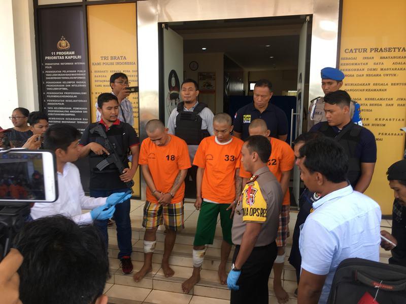 Tim Vipers Polres Tangerang Selatan menangkap tiga dari empat pelaku pembobol rumah kosong yang beraksi di wilayah Tangerang Selatan, Banten, Senin, 22 Oktober 2018. Medcom.id/ Farhan Dwitama.