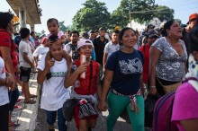 Ribuan Imigran Honduras Terus Berjalan Menuju AS