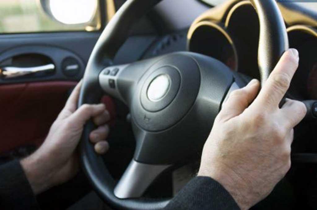 Kemudi yang mulai berat bukan berarti power steering bermasalah. Banas Insurance