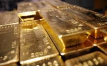 Keperkasaan Dolar AS Kalahkan Kemilau Emas Dunia