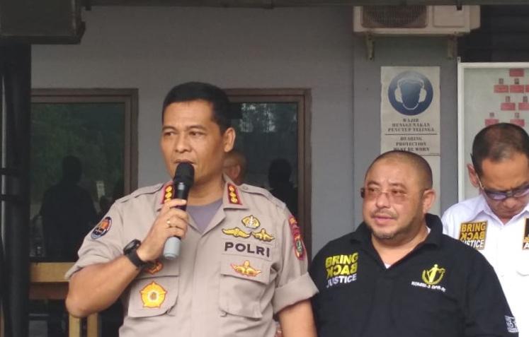Kabid Humas Polda Metro Jaya Kombes Argo Yuwono dan anggota Komisi III DPR Aboe Bakar Al-Habsyi - Medcom.id/Dian Ihsan Siregar.