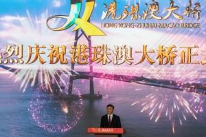 Tiongkok Resmikan Jembatan Laut Terpanjang di Dunia