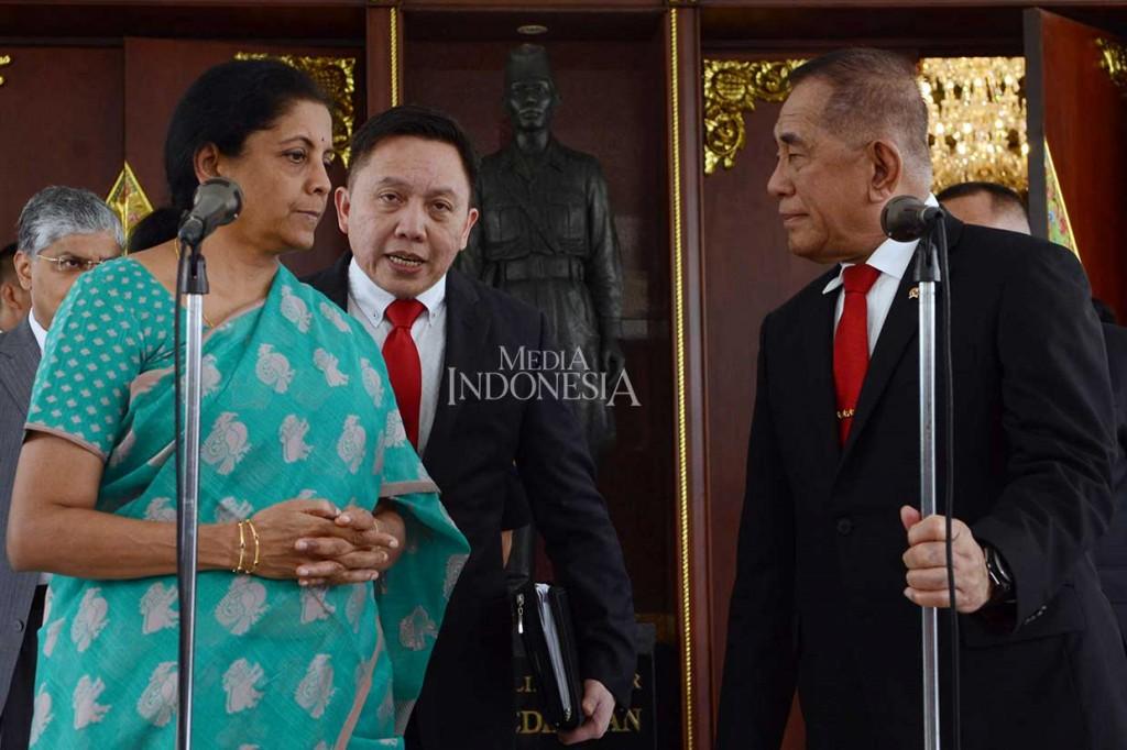 Ryamizard-Menhan India Bahas Kerja Sama Industri Pertahanan