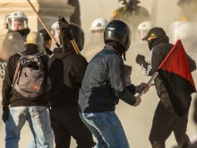 Kantor Polsek Bendahara Diserang Massa