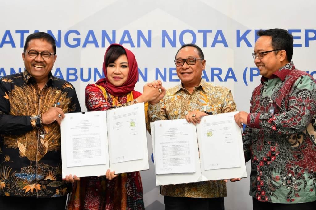 Direktur Utama BTN Maryono (kedua dari kanan). (FOTO: dok BTN)