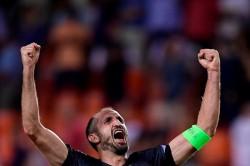 Bek Juventus Disebut Pantas Mengajar di Harvard