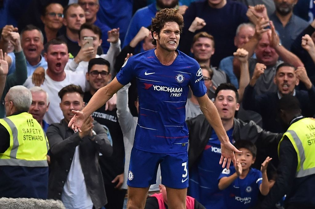 Bek kiri Chelsea, Marcos Alonso (AFP/Glyn Kirk)