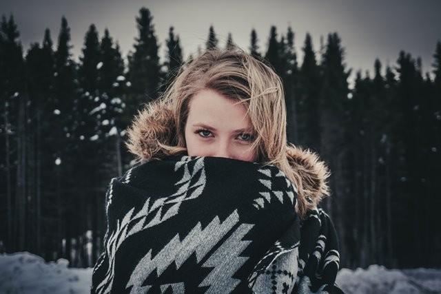 Berikut ini adalah beberapa hal yang akan terjadi pada tubuh Anda ketika cuaca dingin. (Foto: Alexandre Croussette/Unsplash.com)