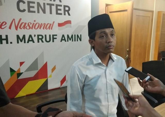 Wakil Sekretaris TKN Jokowi-Ma'ruf, Raja Juli Antoni di Posko Cemara, Menteng, Jakarta Pusat, Senin, 1 Oktober 2018--Medcom.id/Fachri Audhia Hafiez.